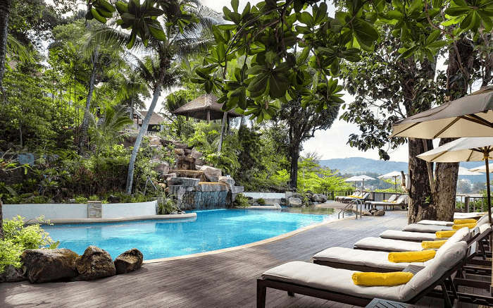 the gorgeous swimming pool of Centara Villas in Phuket