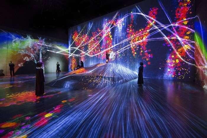 psychedelic digital art museum in japan