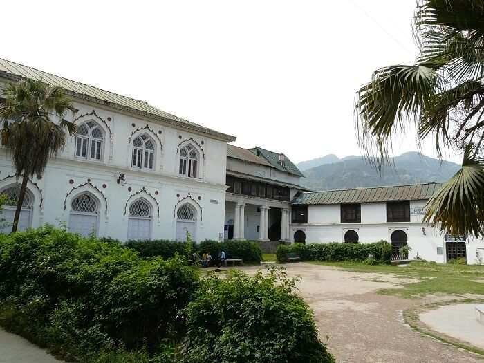 premises of Chandi Palace
