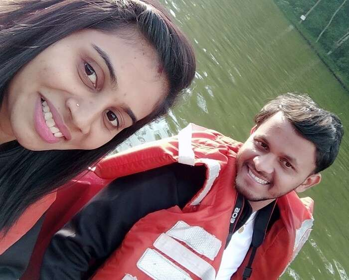 couple at ooty alke