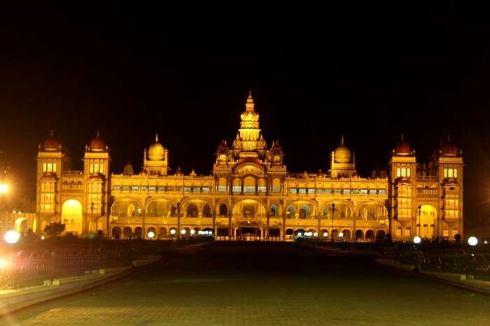 mysore palace at night