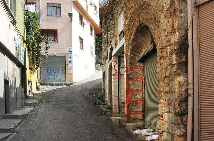 Mayor_Synagogue_street
