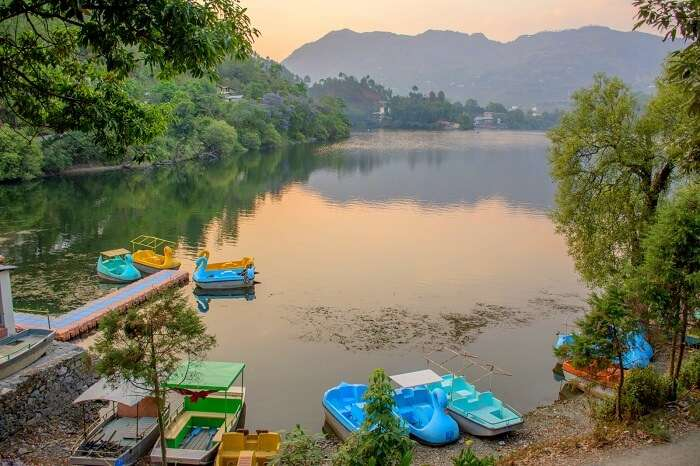 Naukuchiatal boat lake