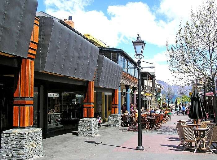 Shopping Mall in Queenstown