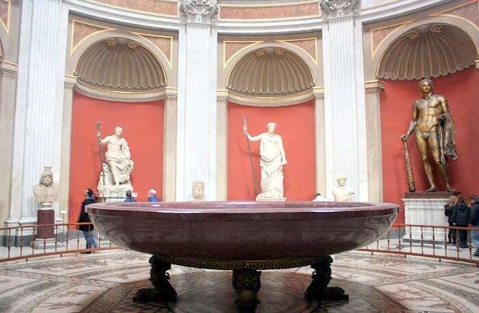 Vatikan,_Museum_Pio-Clementino_-_Sala_rotonda