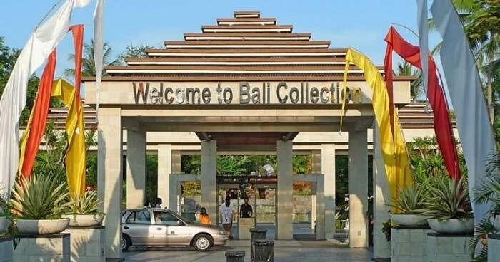 shopping traditional Balinese handicrafts