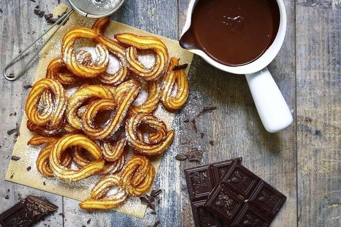 churros chocolate breakfast at san Gines