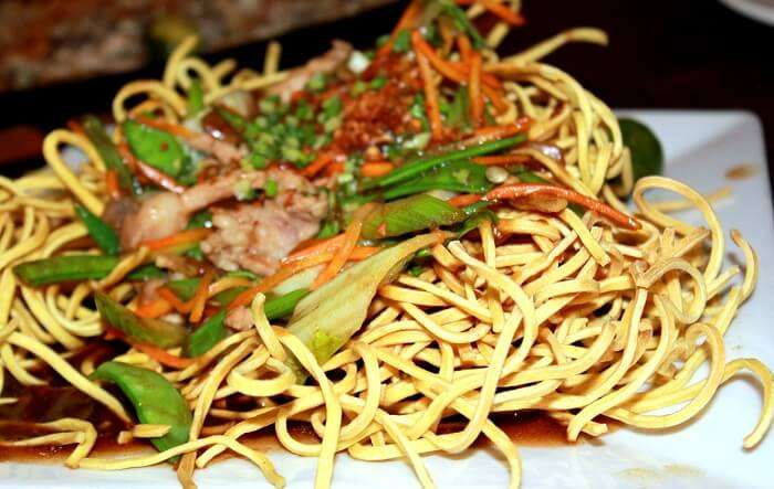 Enticing fried noodles