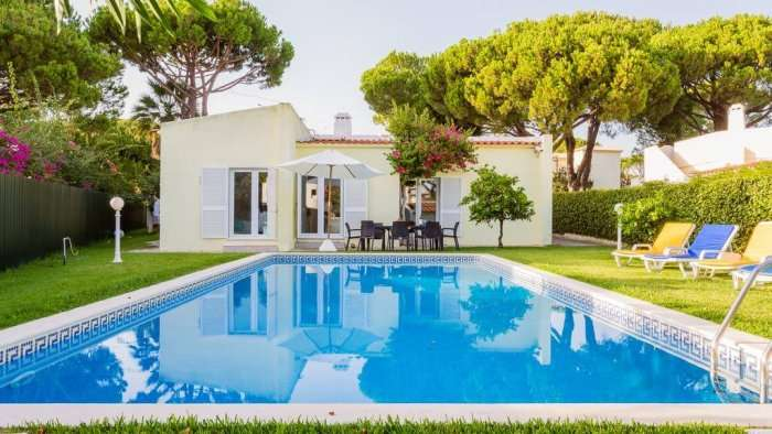 beautiful view of pool in girasol villa