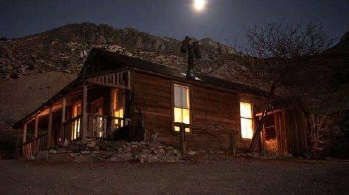 cerro gordo at night