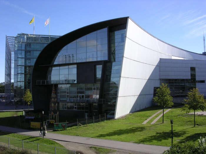 a contemporary art museum