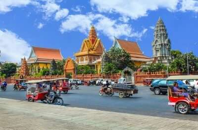phnom penh castle city road street