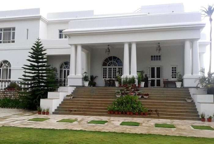 Luxury Resort in Mount Abu