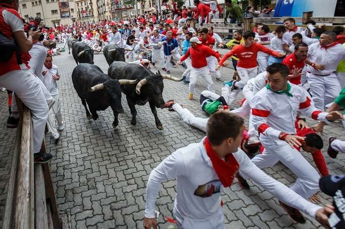san fermin pamplona spain running with the bulls