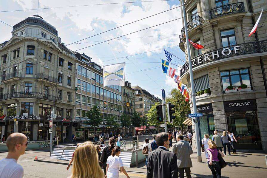 tips for shopping in zurich
