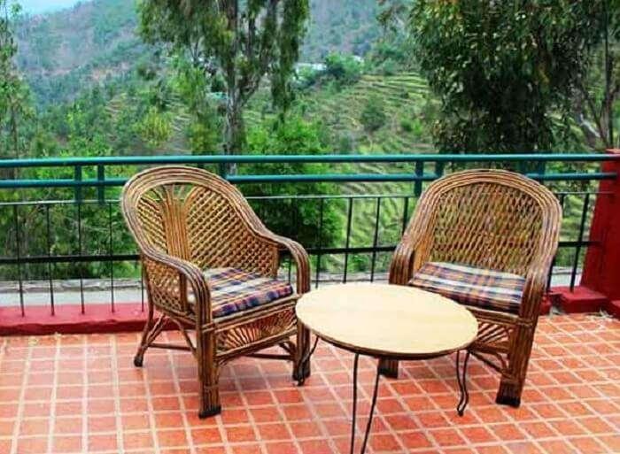 balcony in ranikhet