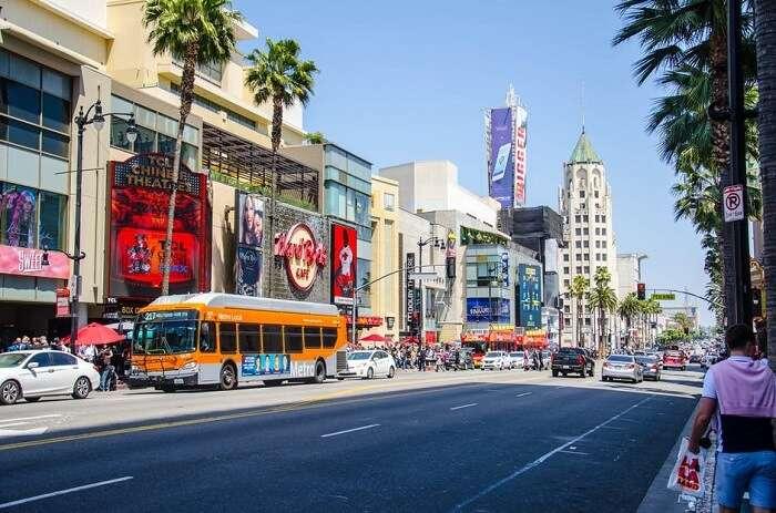 shopping street LA