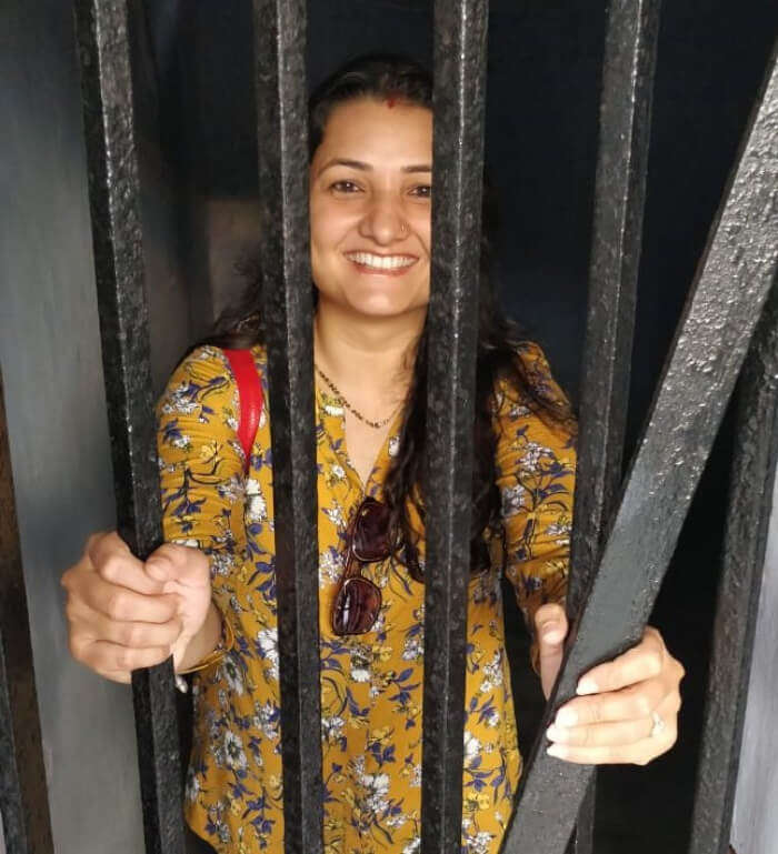 wife in jail posing picture