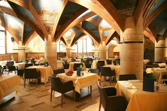 Ratskeller Munchen Restaurant
