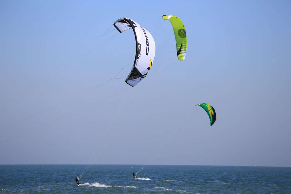 paragliding on sea shore