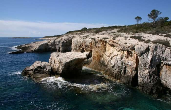 rocks surrounding