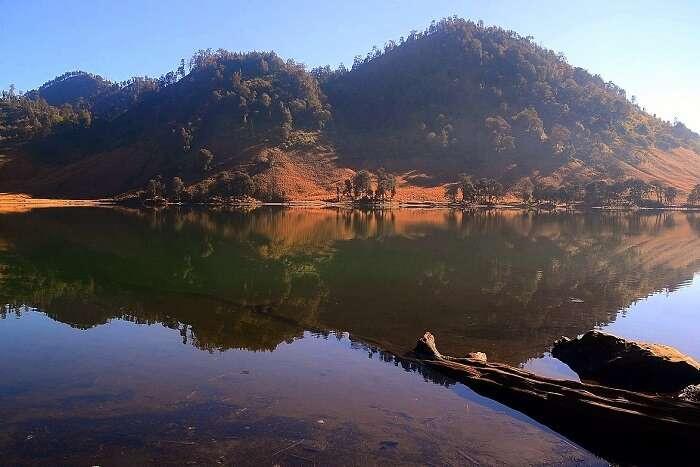 Chill at the Gunung Lake