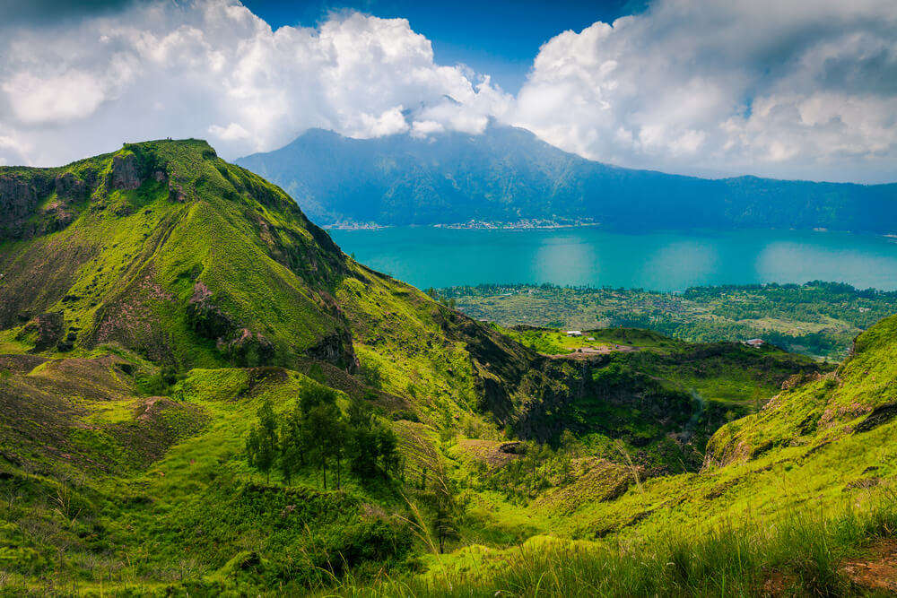 Danau Batur shutterstock_424192249