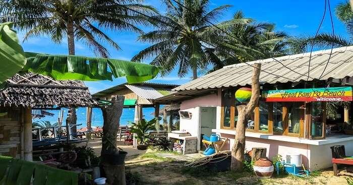 Cheap and Seaside Restaurant