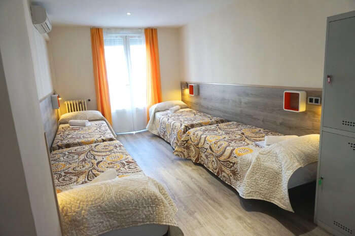 MuchoMadrid hostel in Spain