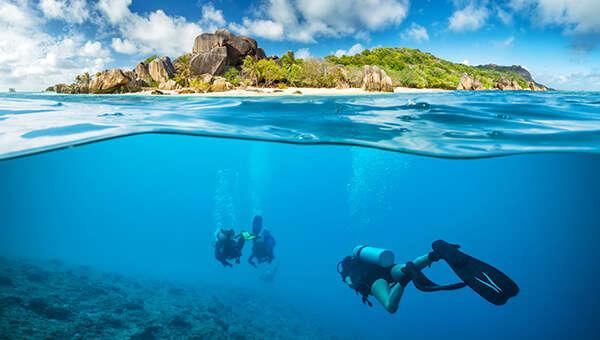 scuba diving in Seychelles