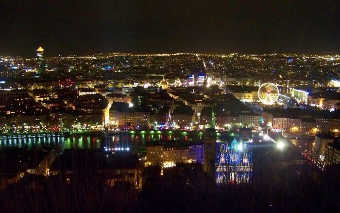 beautiful view of lyon at night