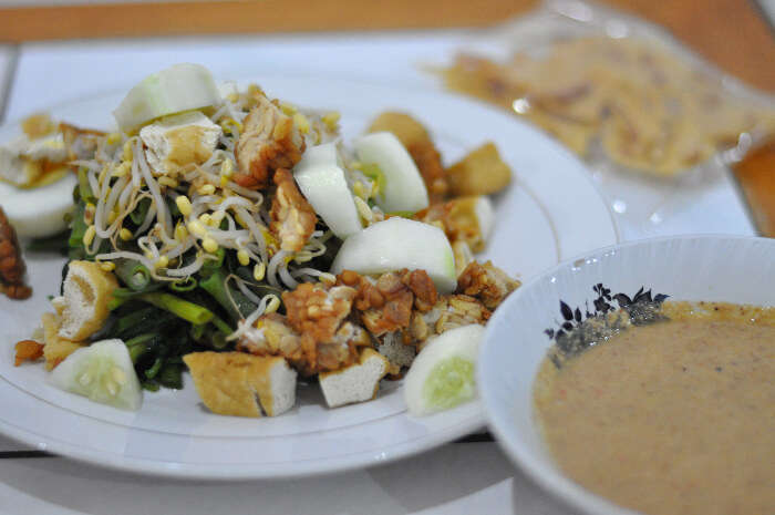 vegetarian Indonesian food