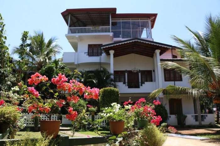 exterior of kandy village homestay