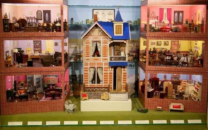 miniature museum