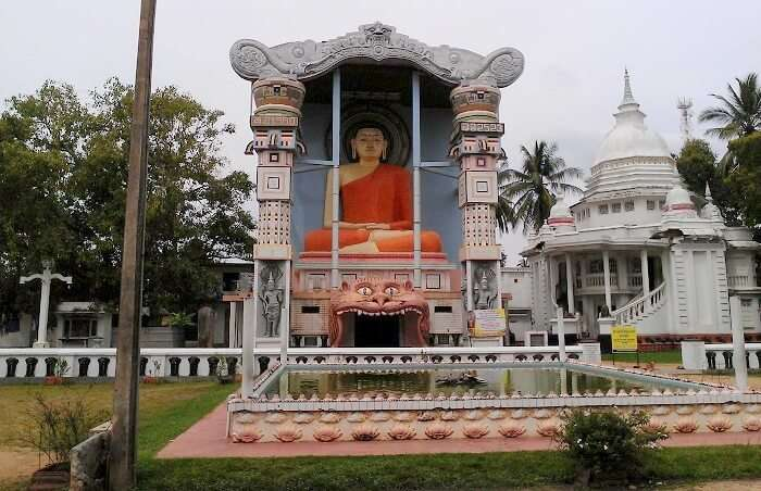 temple in negombo