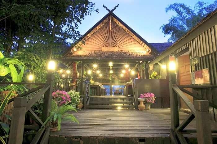 'the riverside restaurant