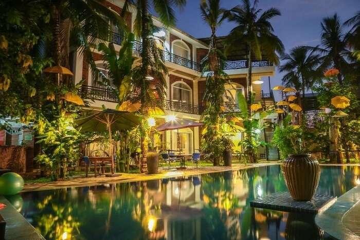 Coconut House Hostel