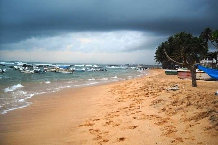 Hikkaduwa_Beach