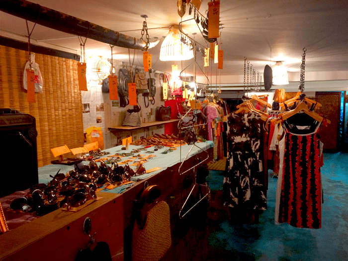 vintage gear and collectables for shoppers