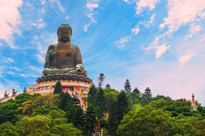 Amazing Po Lin Monastery