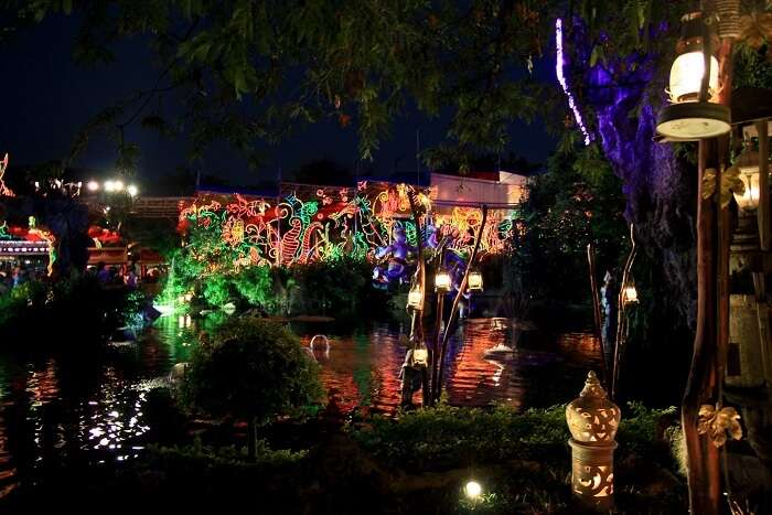reason for celebrating christmas in thailand