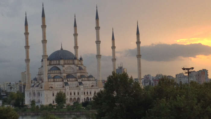 largest mosque in Turkey