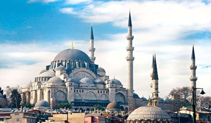 largest mosque in Istanbul