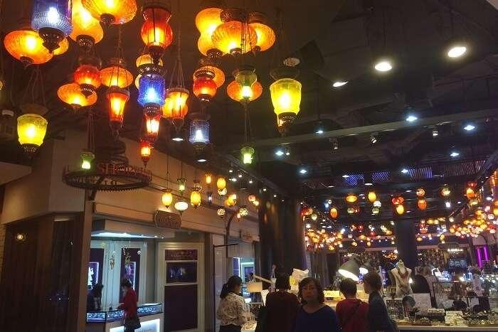 Terminal_21_Shopping_Mall_of_Bangkok