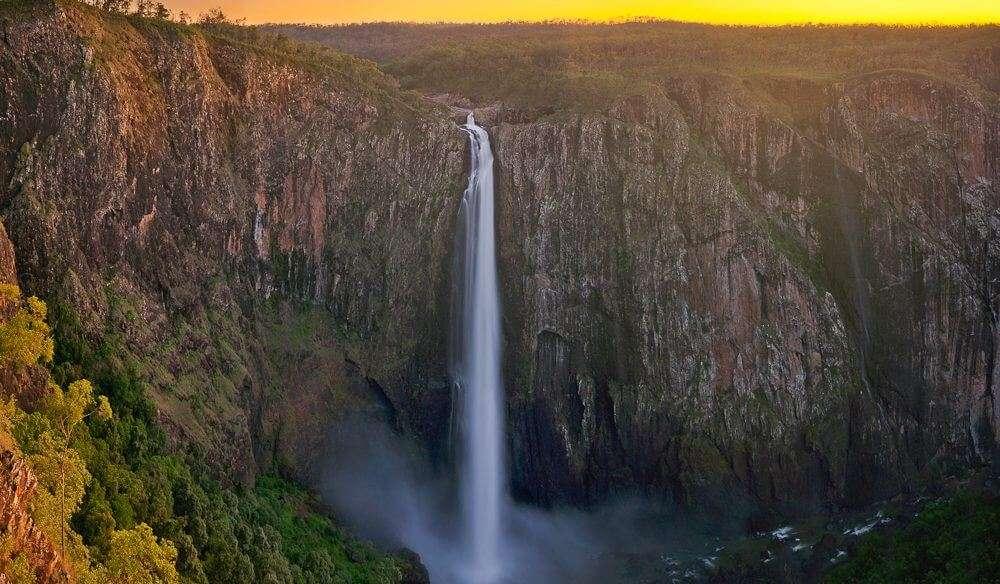 water falls through mountain
