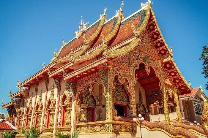 Wat Sriboonruang.jpg