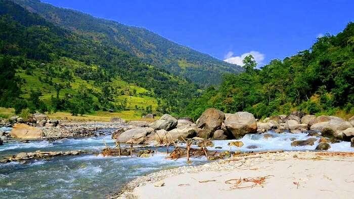 views of Kanchenjunga