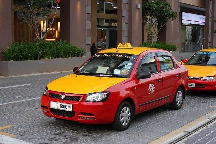 hire a cab to take a tour