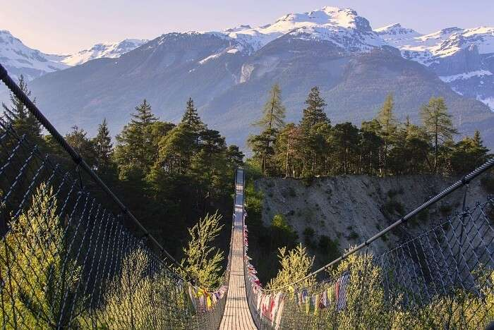 Crossing the suspension bridges of Bhutan