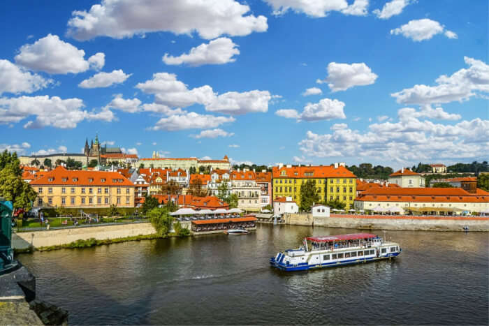Cruise in the Prague River